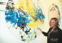 L'artiste peintre Hanae El Ouadghiry expose ''La chute des anges'' à Fès