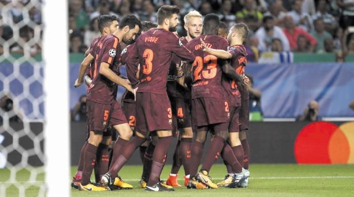 Ligue des champions : Le PSG cartonne, le Barça assure l'essentiel