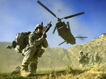 La France se contente de saluer l'envoi de militaires américains en Afghanistan : La Grande Bretagne dépêchera 500 soldats supplémentaires