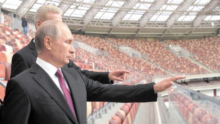 Mondial 2018 : Poutine prévient que tout retard sera inadmissible