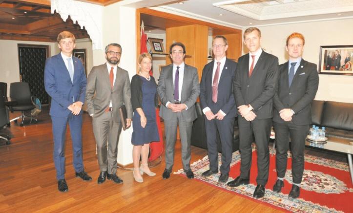 Abdelkrim Benatiq reçoit une délégation parlementaire suédoise