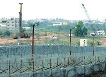 Une mosquée de Cisjordanie vandalisée par des colons : Tsahal arrête le coordinateur de la campagne contre le mur de séparation