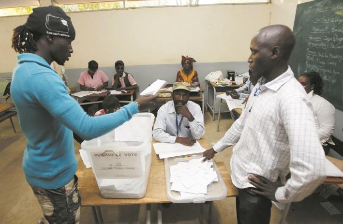 Le comptage parallèle des votes, un remède aux crises postélectorales en Afrique ?