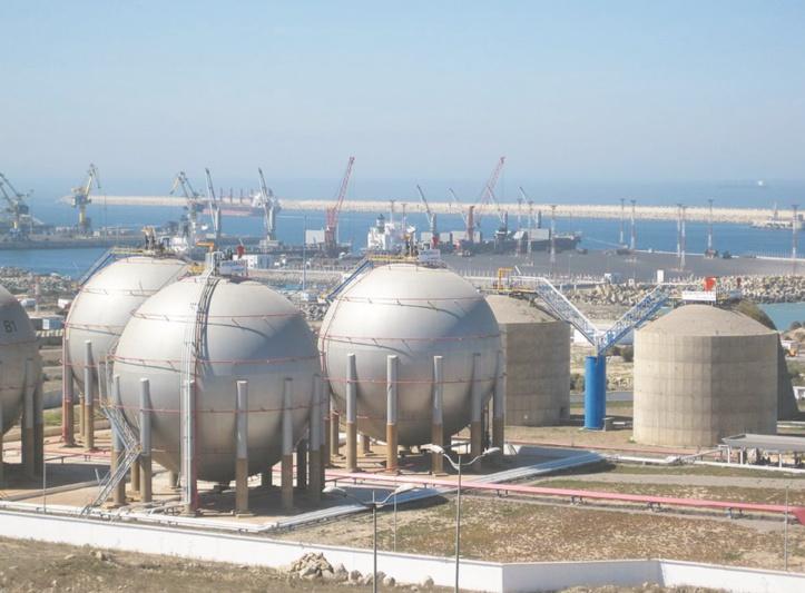 Plan national de l'importation de gaz liquéfié C'est pas encore du solide
