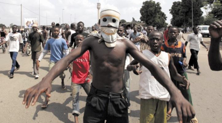 "Psychose des ""microbes"" à Abidjan"