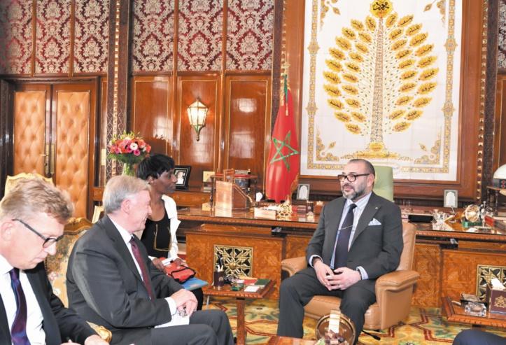 S.M le Roi reçoit l'envoyé personnel du S.G de l'ONU pour le Sahara