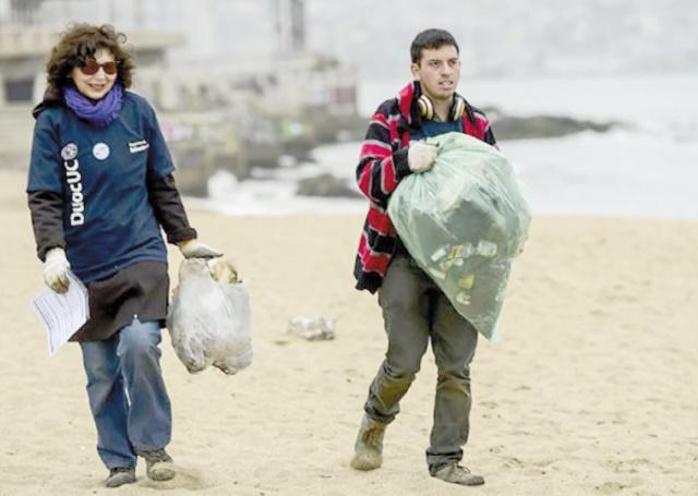 Le Chili veut interdire l'usage des sacs en plastique sur ses côtes