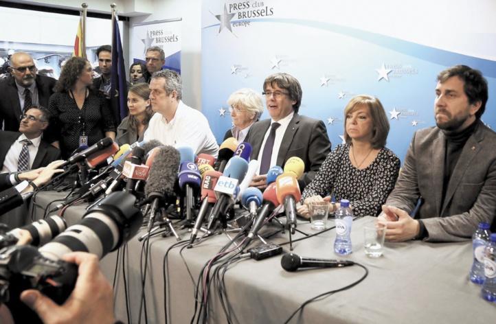 Puigdemont et ses conseillers en liberté sous conditions