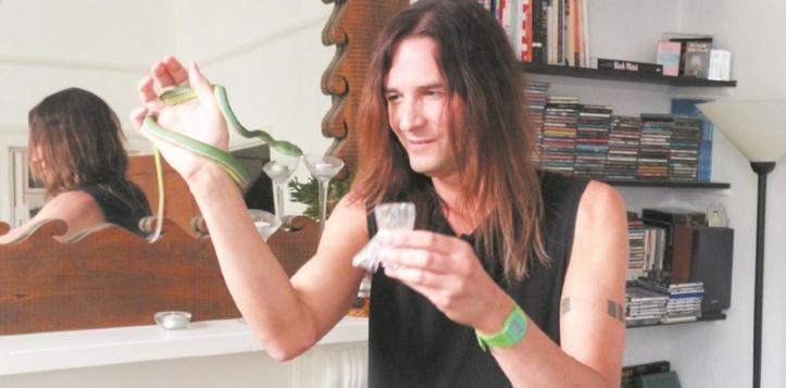 Steve Ludwin, l'homme qui résiste au venin de serpent
