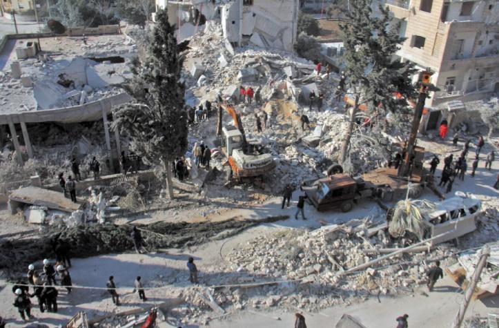 Plus de 60 morts dans des raids aériens sur un marché en Syrie