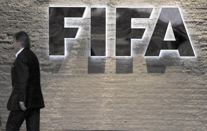 Suspension à vie pour 3 ex-responsables de la Fifa