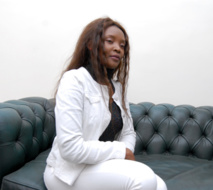 La Camerounaise Ekon Gabria  réalise le premier album de sa jeune carrière  au Maroc