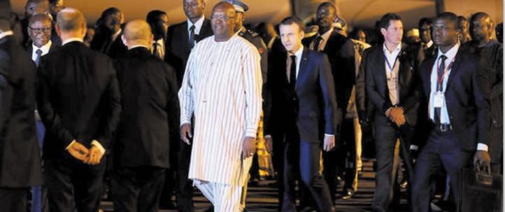 Une attaque à la grenade précède l'arrivée de Macron à Ouagadougou