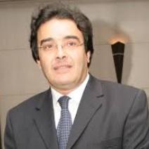 Abdelkrim Benatiq : Le ministère des MRE suit de près la situation des Marocains bloqués en Libye