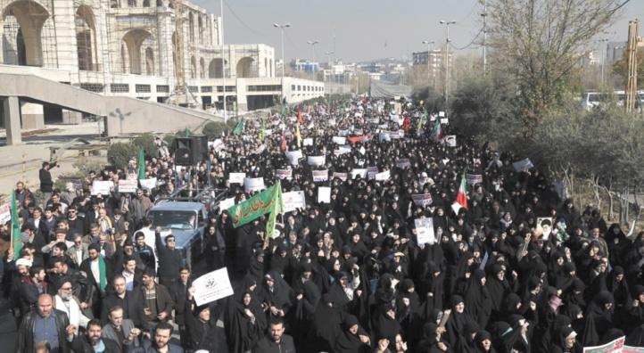 Des  morts et des centaines de manifestants arrêtés à Téhéran