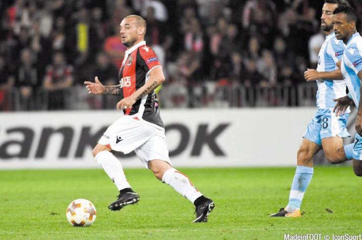 Sneijder : J'ai choisi de venir à Al Gharafa pour jouer au foot