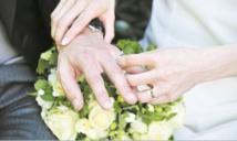 Insolite : Amendes pour les mariés retardataires