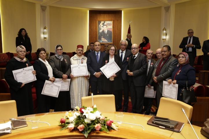 Remise de décorations Royales à des fonctionnaires de la Chambre des représentants