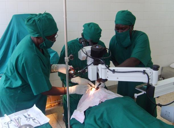 Se faire opérer en Afrique tue deux fois plus qu'ailleurs