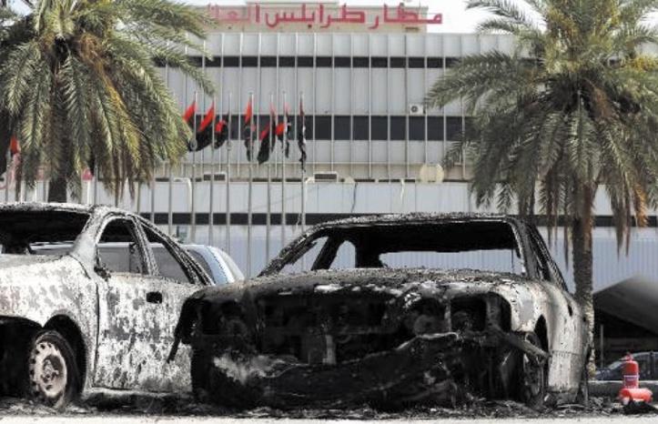 Neuf morts dans des combats près de l'aéroport de Tripoli en Libye