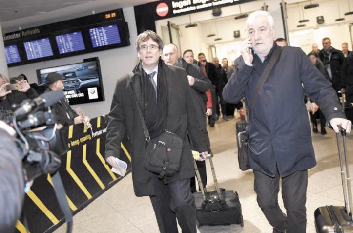 Madrid décidé à empêcher le retour de Puigdemont en Espagne
