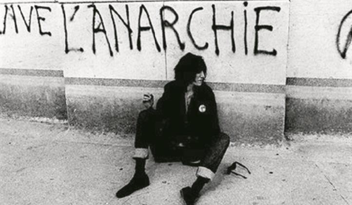 Le monde va-t-il à l'anarchie ?