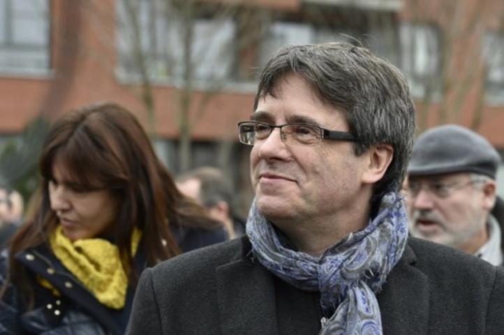 Le gouvernement qualifie de ridicule une possible investiture symbolique de Puigdemeont