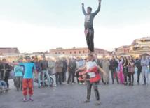 La halqa, un espace de la culture orale  et de la communication sociale au Maroc