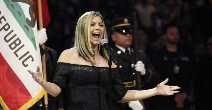 Fergie massacre l'hymne américain