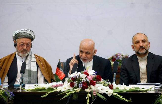 Offre de paix du président afghan aux talibans