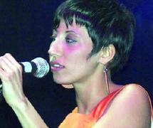 La jeune chanteuse italo-marocaine séduit les Casablancais : Malika Ayane, la voix de la Méditerranée