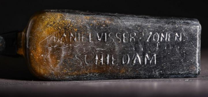 """La plus ancienne """"bouteille à la mer"""" connue découverte en Australie"""