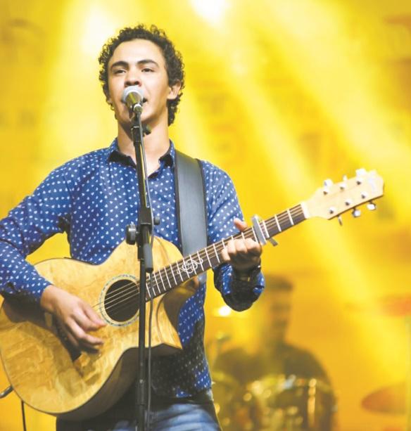 Amnay se reproduit au Festival des nomades à Mhamid El Ghizlane