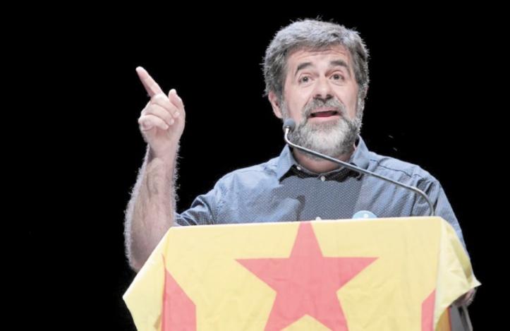 Le candidat indépendantiste emprisonné renonce à la présidence de la Catalogne