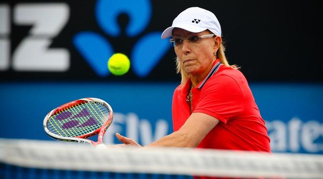 Navratilova se plaint de n'être pas aussi bien payée que McEnroe par la BBC