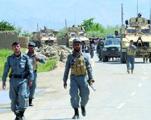 Un à deux soldats de la coalition internationale meurent chaque jour depuis l'été 2009 : Les talibans attaquent la plus grande base de l'Otan en Afghanistan