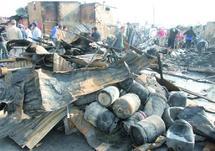 """Plus de 35 bombonnes de gaz ont explosé et 46 baraques ont été calcinées : L'incendie de """"Cariane Rahba"""" fait un mort et des dégâts matériels"""