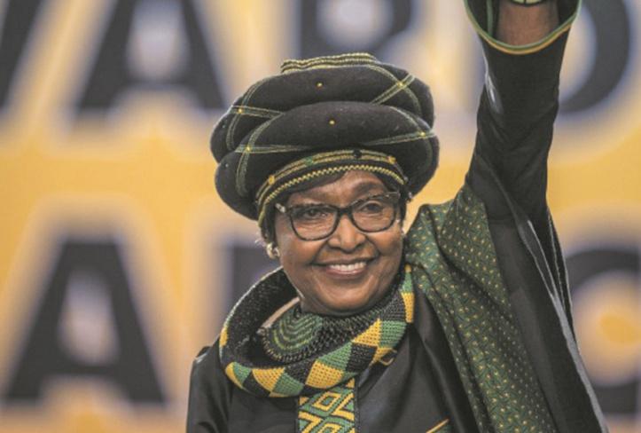 Mort de Winnie Mandela, ex-épouse de Nelson, à l'âge de 81 ans