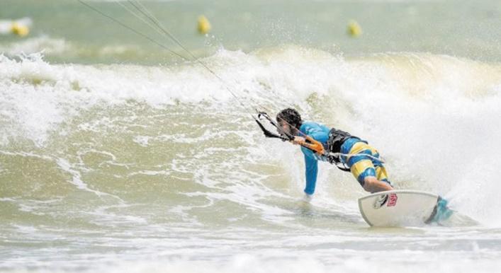 L'Italien Airton Cozzolino en tête du classement des championnats du monde de kitesurf à Dakhla