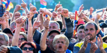 Des milliers de manifestants paralysent la capitale de l'Arménie