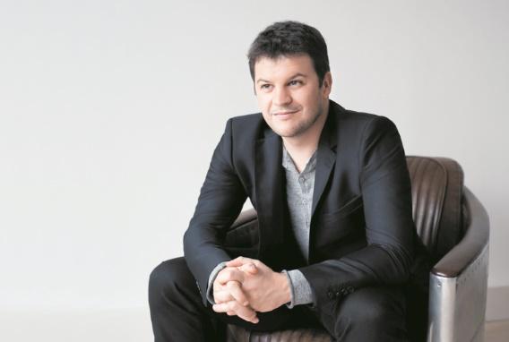 Guillaume Musso : J'ai toujours une dizaine d'histoires dans ma tête