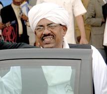 Omar Al-Bachir de nouveau accusé de génocide