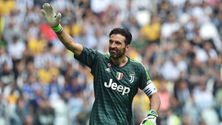 Sobres adieux à la Juventus et long tour d'honneur pour Buffon