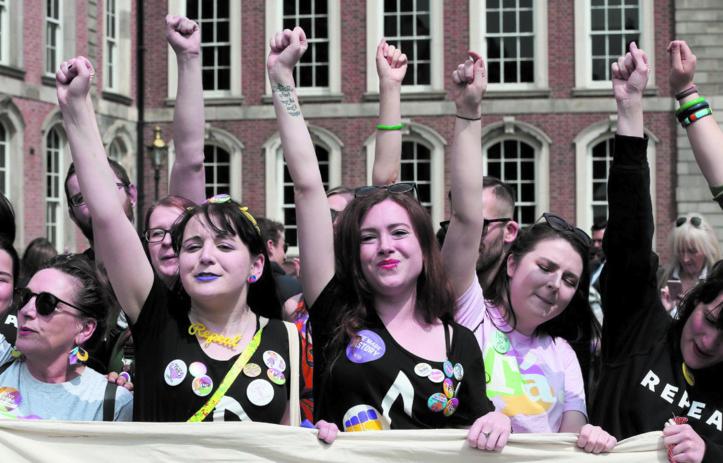 Les Irlandais disent oui à la libéralisation de l'avortement