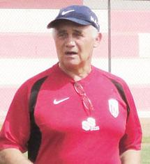 """Entretien avec Jean-François  Jodar, entraîneur du Moghreb de Tétouan : """"Notre objectif, finir parmi les trois premiers"""""""