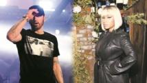 Eminem alimente les rumeurs sur une liaison avec Nicki Minaj