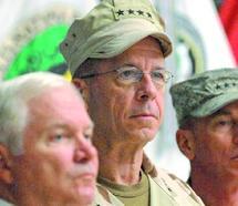 Afghanistan : Gates et Petraeus diffèrent sur la date du retrait américain
