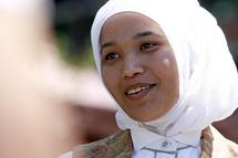 Marocaine d'origine et américaine depuis peu : Imane, Disneyland et le hijab en voile de fond
