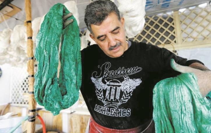 Sur les toits de Damas, les rêves désenchantés d'un artisan de la soie