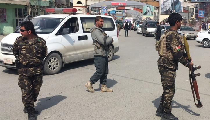 30 policiers et soldats tués dans des attaques des talibans en Afghanistan